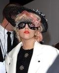 Lady Gaga Rote Pic (14)