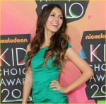 victoria-justice-2010-kids-choice-awards-02
